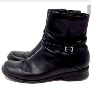 Clarks Casual Boots Black Leather 9 M